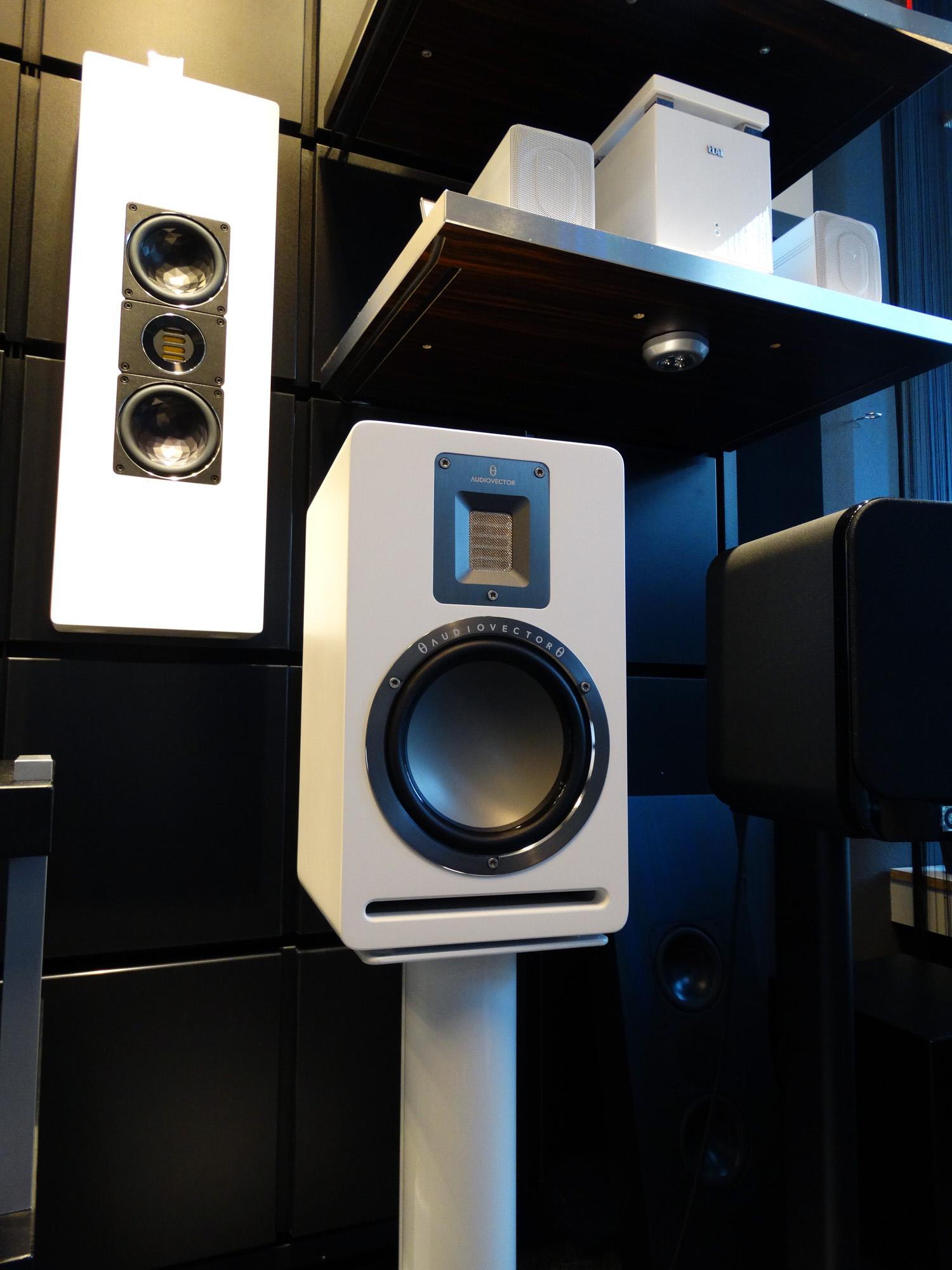 audiovector-qr1-2