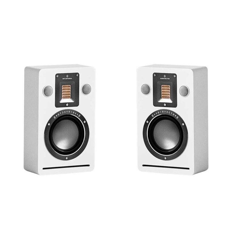 Audiovector QR Wall Hans Audio 1 Elac wandspeakers nu ook in het zwart leverbaar!