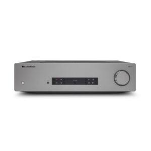 De eerste versterker in onze test is de Cambridge Audio CXA 81