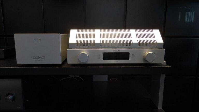 Octave V110 en Octave Super Black Box